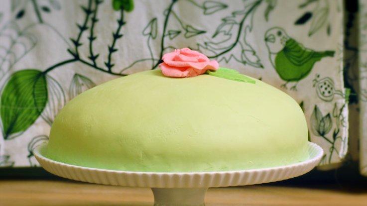 prinsesstarta cake