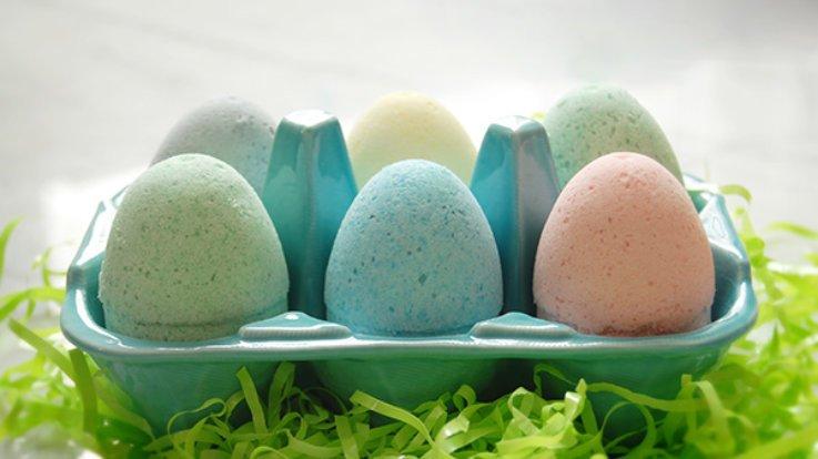 easter eggs bath bombs