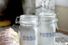 DIY: baking soda & powder jars